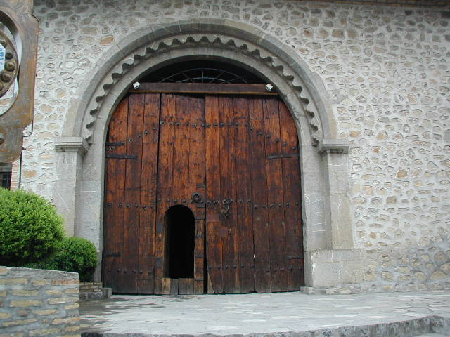 Images of Large Wooden Door - Losro.com
